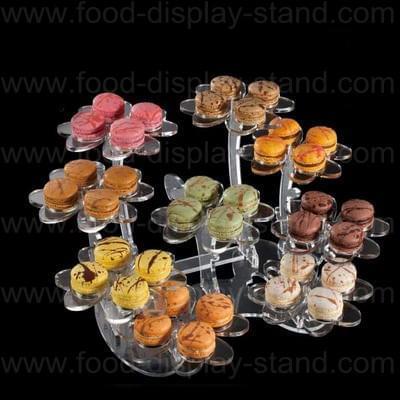 Macaroon cake stand